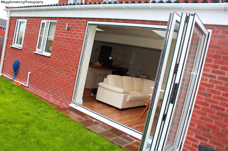 Open Doors to a Beautiful Extension in Hull